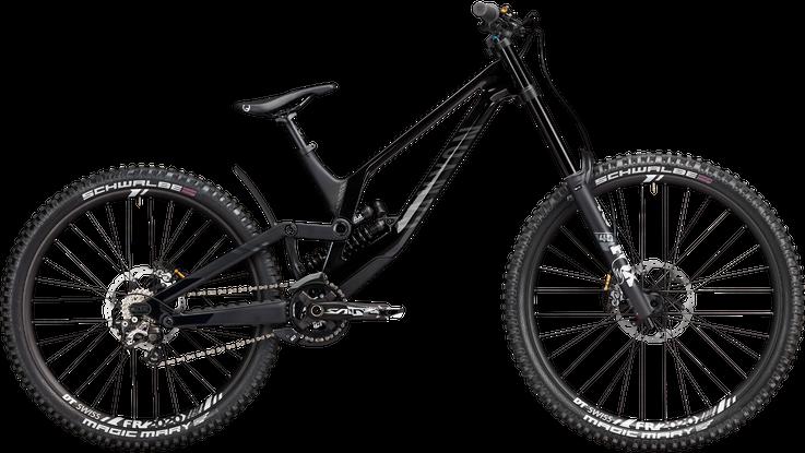 sender canyon dh bike