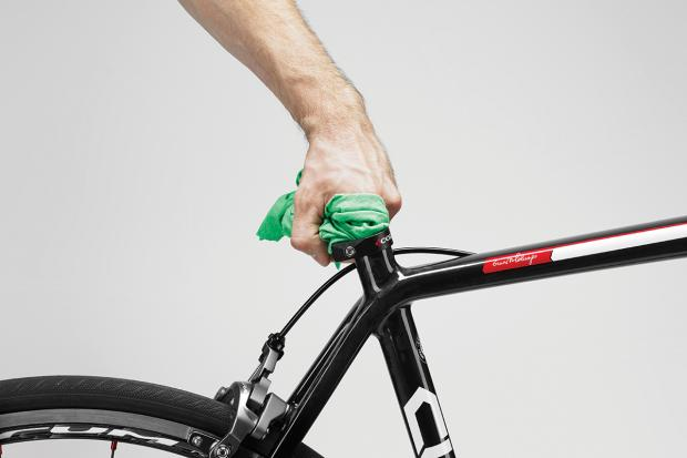 carbon frame cleaning