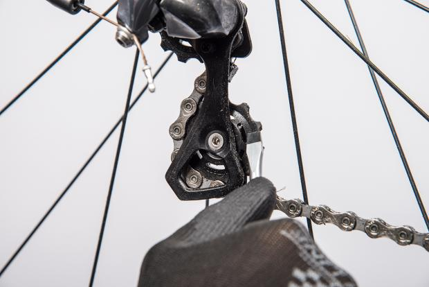 how to clean and lube your derailleurs 3